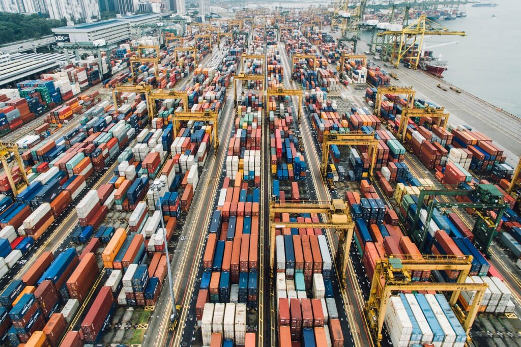 export cargo in the port, ease of trade agreements